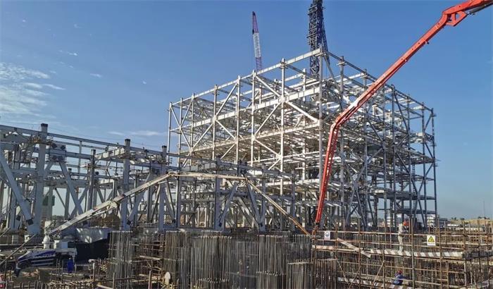 三一重工泵车浇筑现场 - 巴基斯坦塔尔电站项目2号机组汽轮发电机底板基础欧亿土浇筑完成