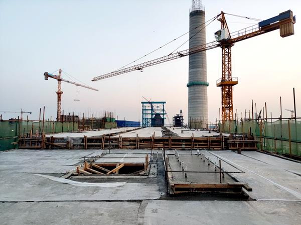 广西防城港钢铁基地项目焦炭缓冲仓6-10线+25.3米层结构顺利封顶