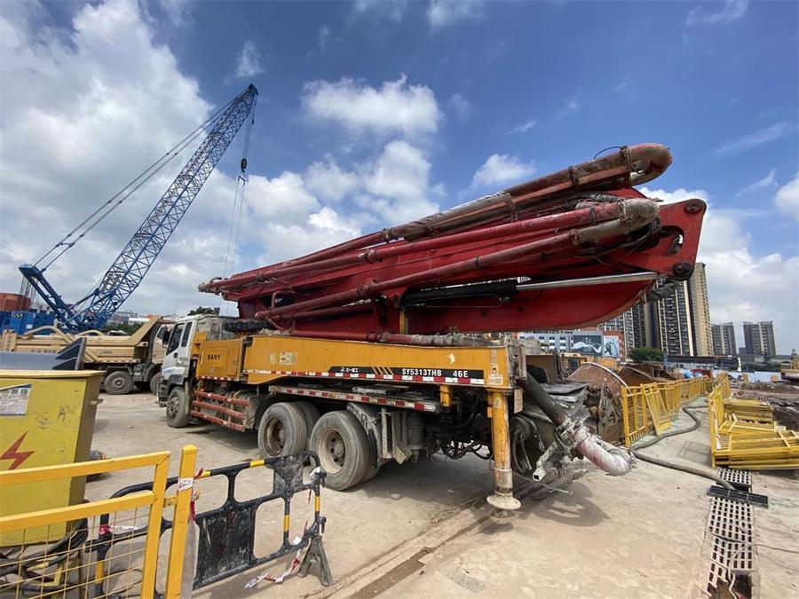 深圳2012年11月46米三一重工欧亿土泵车,五十铃底盘