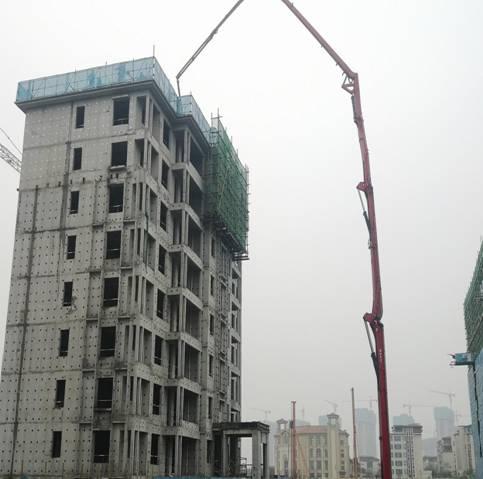 三一重工泵��仓��F�� - 中建二局�西分公司融��・�^��壹�4.1期�目26#�俏菝婊炷�土�仓�完成