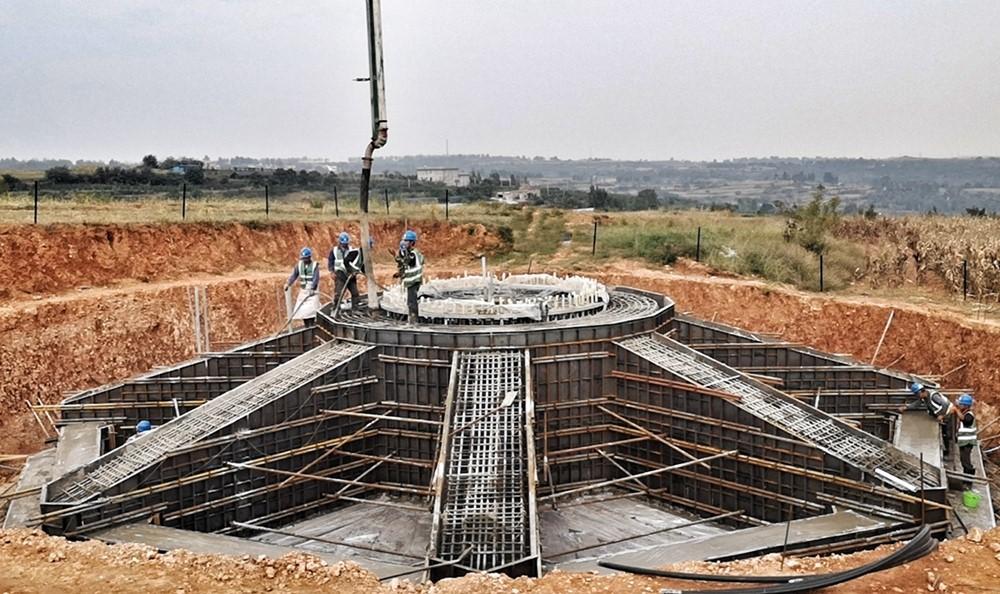 混凝土�送泵��仓��F�� - 大唐河南�l�公司:大唐新安古都�L�首�_�L�C基�A混凝土�仓�完成
