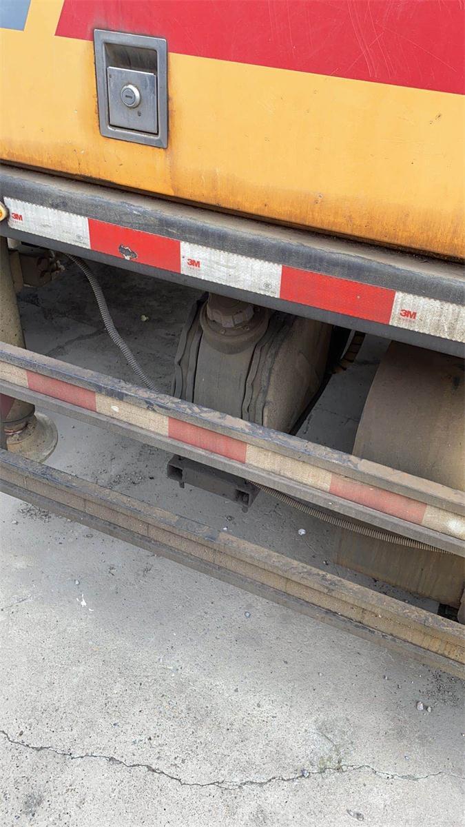 江蘇南京2012年9018和2015年10020三一重工混凝土車載泵,东风天锦底盘
