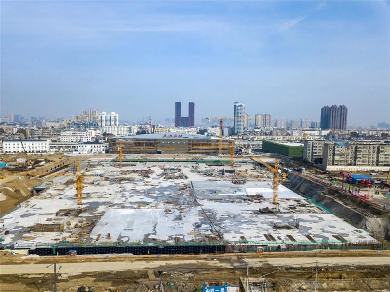 徐连客专东海站前枢纽工程举行主体结构封顶仪式 县领导出席仪式