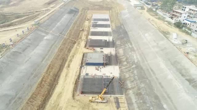 沙颍河航道升级改造工程PPP沈丘航运枢纽船闸首块底板混凝土浇筑完成